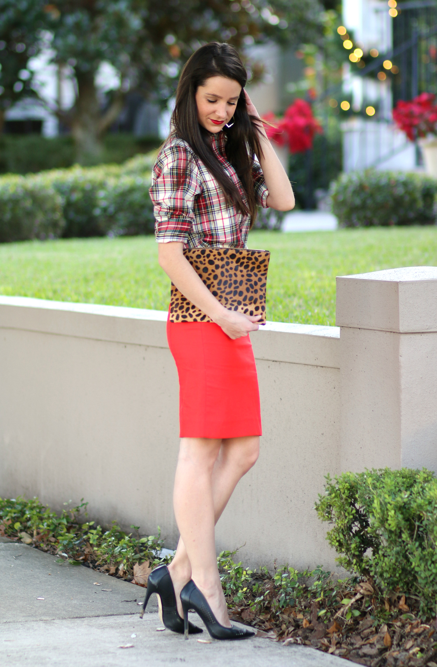 How to wear a red pencil skirt to work during the holidays
