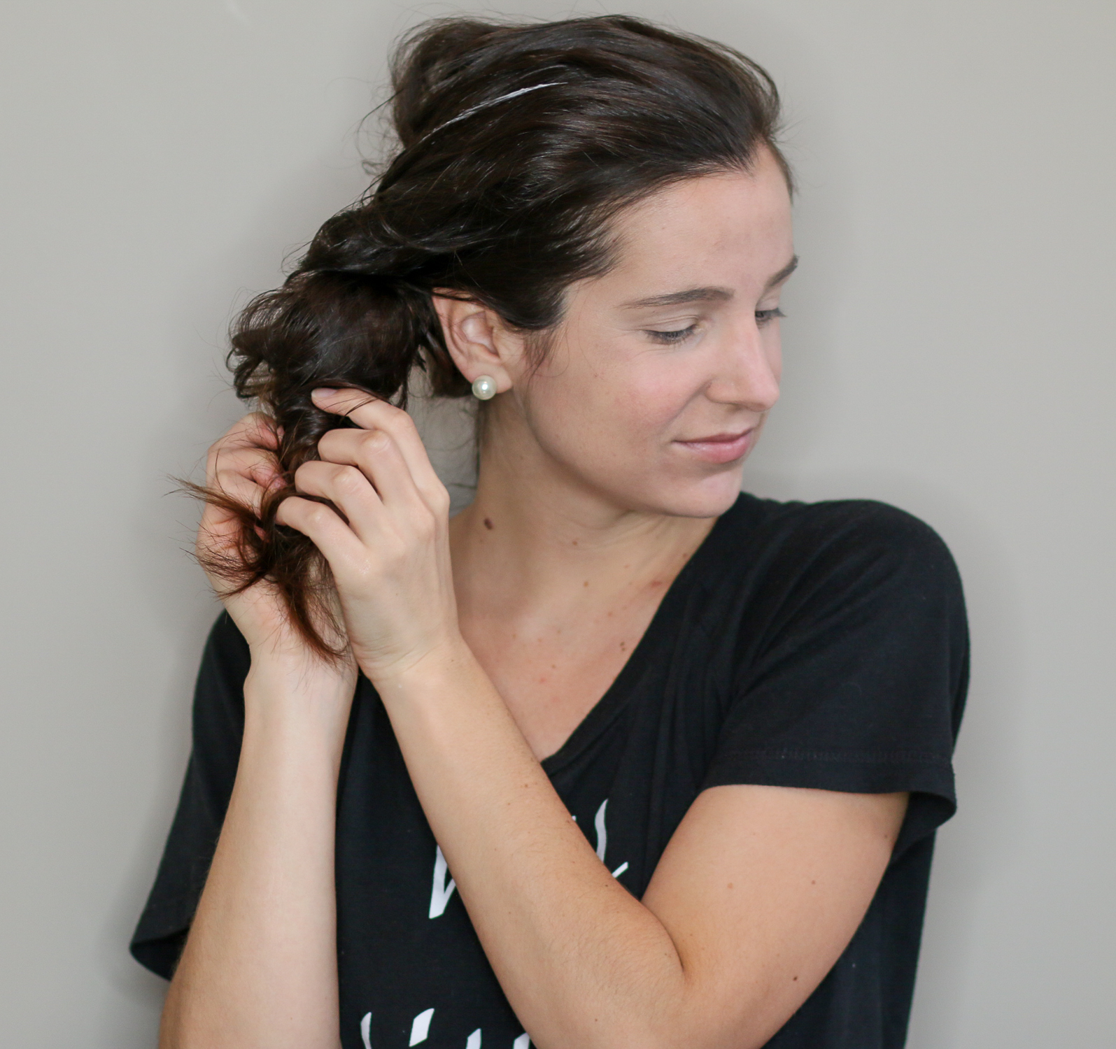 How to get heatless curls overnight by southern lifestyle blogger Stephanie Ziajka from Diary of a Debutante