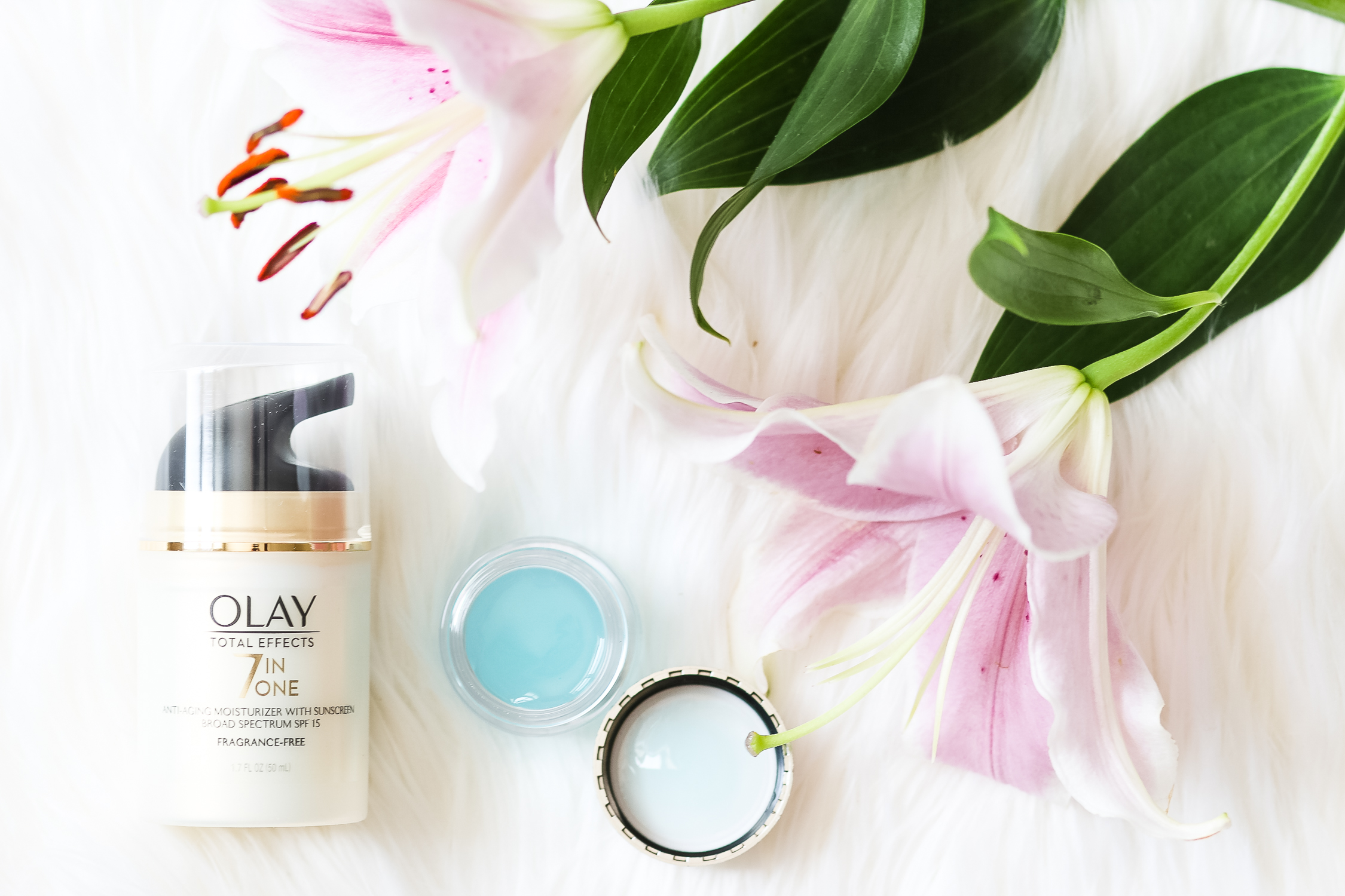 What happened when I used Olay Total Effects Moisturizer with SPF 15 & Olay Eyes Deep Hydrating Eye Gel for 28 days in place of my go-to moisturizer and eye cream | Olay 28 Day Challenge | Best Olay moisturizer with sunscreen for fast results | Best Olay products | I took the Olay 28-Day Challenge (And Here's What Happened) by southern blogger Stephanie Ziajka from Diary of a Debutante